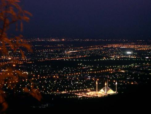 Islamabadatnight